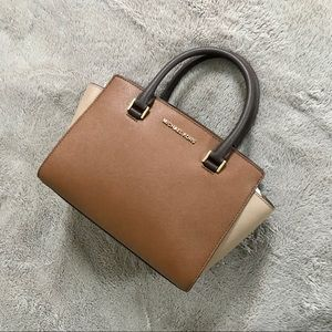 New MIchael Kors Selma Purse